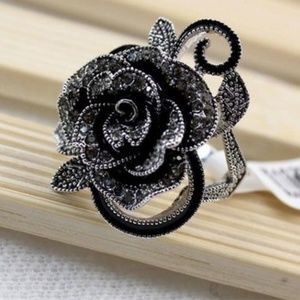 Jewelry - Rose Flower Marcasite Sparkly Statement Ring New